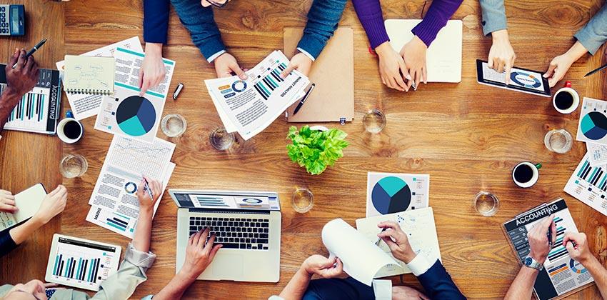 Servicios de un centro especial de empleo para cumplir con obligaciones legales de una empresa